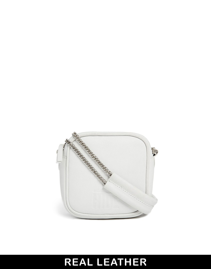HIDE Leather Camera Bag in White - White