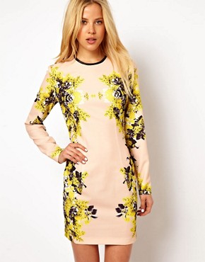 http://images.asos-media.com/inv/media/8/3/5/5/2975538/multi/image1xl.jpg