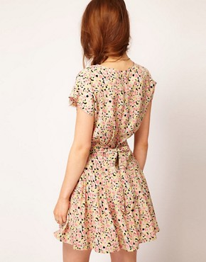 Image 2 ofDahlia Floral Forties Tea Dress