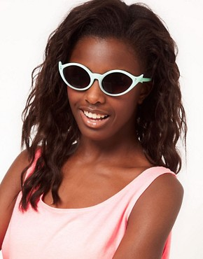 Image 3 ofASOS Wing Cat Eye Sunglasses