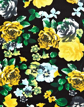 Image 3 ofASOS Pencil Skirt in Floral Print