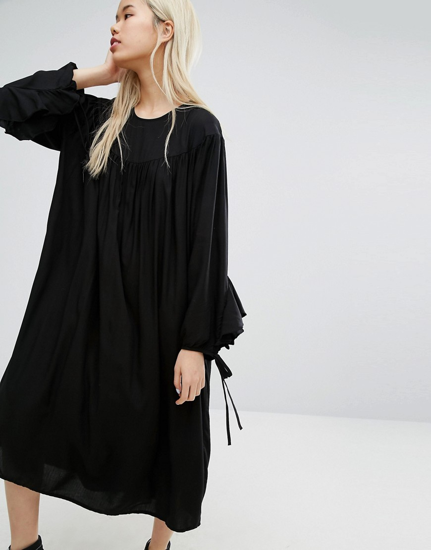 STYLENANDA Oversized Smock Dress - Black