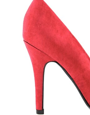 Image 2 of New Look Ride Classic Red Pointed Court Shoes
