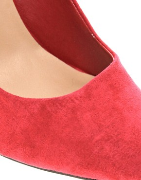 Image 4 of New Look Ride Classic Red Pointed Court Shoes