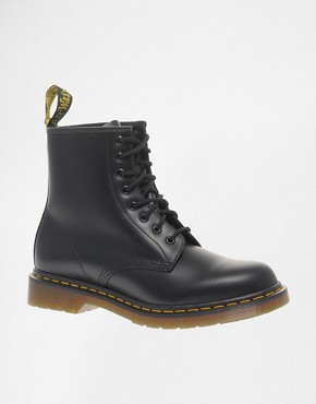 Image 1 ofDr Martens Modern Classics 1460 8-Eye boot