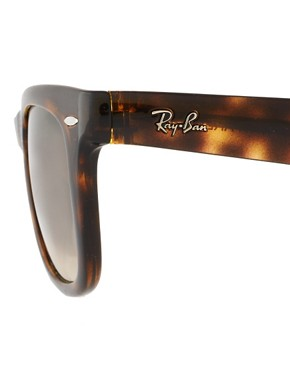 Image 4 ofRay-Ban Folding Wayfarer Sunglasses