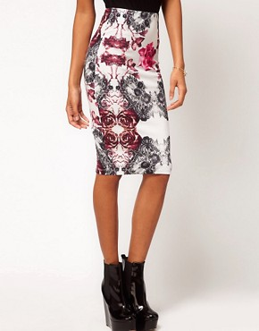 Image 4 ofASOS Pencil Skirt in Rose and Lace Print