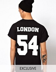 "Reclaimed Vintage - T-shirt stile baseball con scritta ""London"""