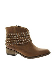 Steve Madden Janne Stud Ankle Boots