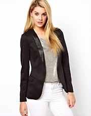 Oasis Contrast Collar Blazer