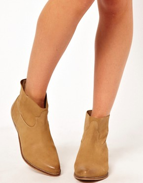 Image 3 ofASOS ACCOMPLICE Leather Ankle Boots