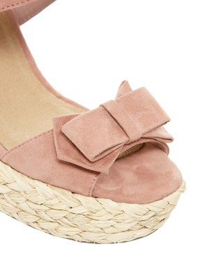 Image 2 ofASOS HIGH FIVE Platform Bow Sandals