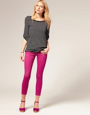 Image 4 ofASOS Pink Skinny Capri Jeans