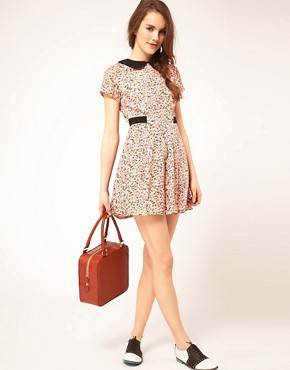 Image 4 ofDahlia Ditsy Floral Dress With Contrast Collar