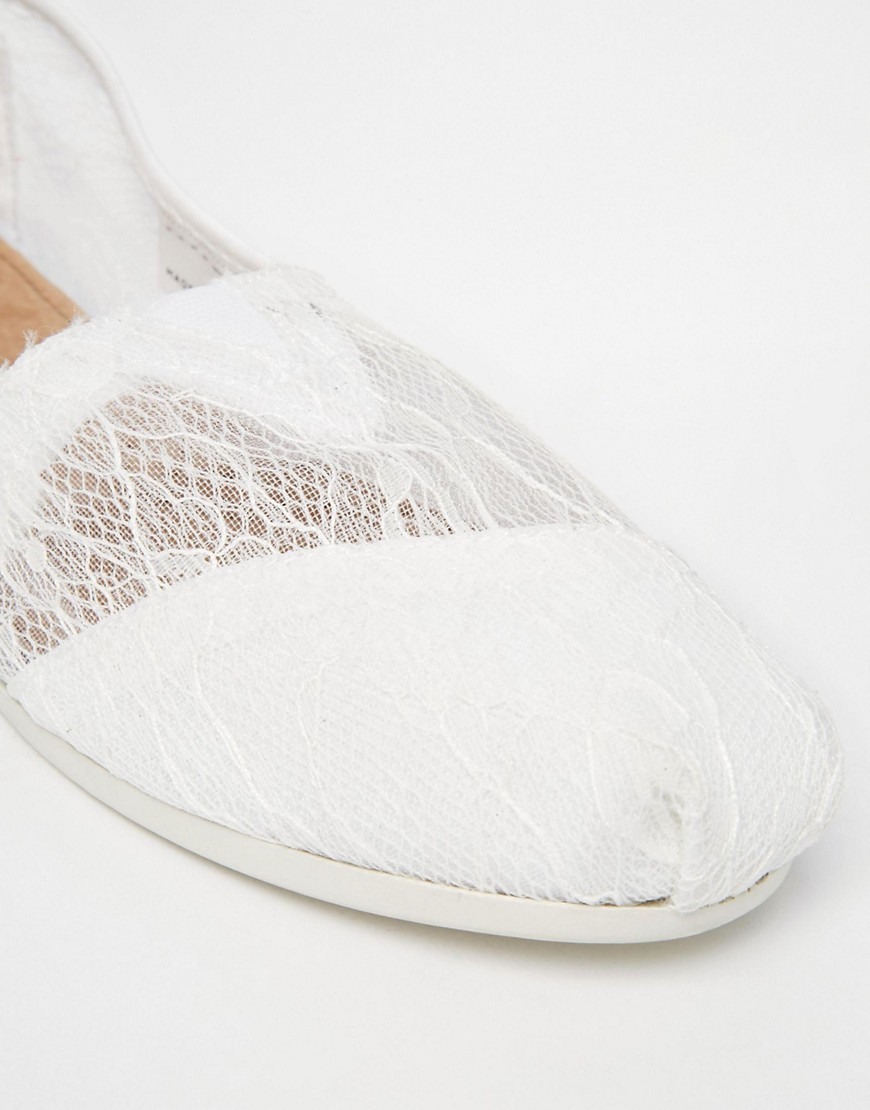 Pgeproduct - White Lace Shoes