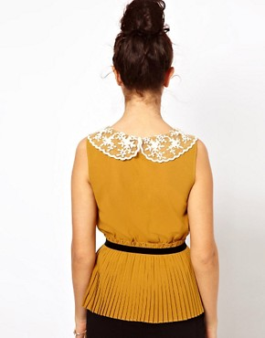 Image 2 ofDarling Pleated Top with Lace Collar