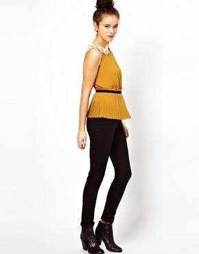 Image 4 ofDarling Pleated Top with Lace Collar