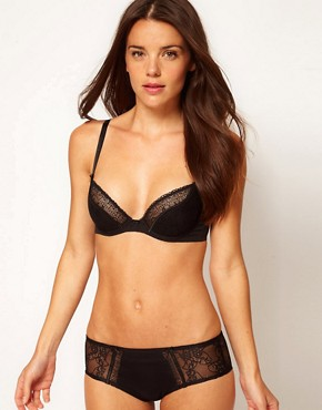 Image 4 ofTriumph Lovely Temptation Deep Plunge Bra