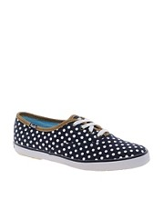 Keds  Gepunktete Stoffschuhe in Marineblau