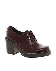 Zapatos de cuero con tacn mediano SCHOOL DAY de ASOS PREMIUM