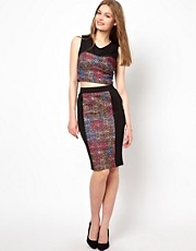 A Wear Bonded Lace Pencil Skirt