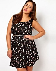 New Look Inspire Floral Waisted Dress