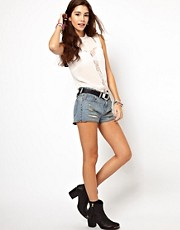 ASOS &ndash; Jeans-Shorts in Vintage-Waschung