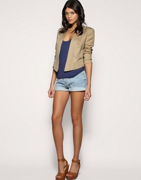 Image 4 ofASOS Tailored Cropped Pleat Shoulder Blazer