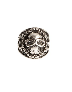 Image 2 ofASOS Large Skull Ring