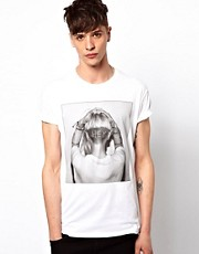 New Love Club T-Shirt Hey Girl
