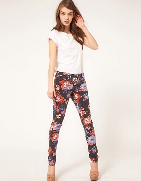 Image 1 ofASOS Skinny Jeans in Floral Print