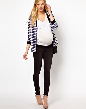 Image 4 ofASOS Maternity Blazer In Geo With Contrast Lapel
