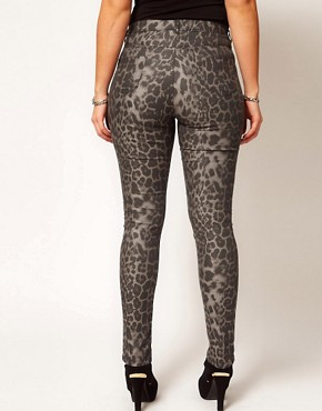 Image 2 ofASOS CURVE Exclusive Skinny Jean In Leopard