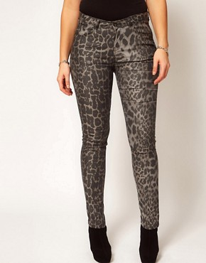 Image 4 ofASOS CURVE Exclusive Skinny Jean In Leopard