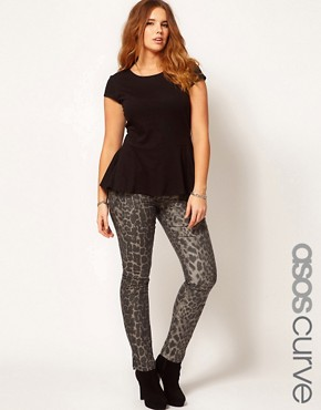 Image 1 ofASOS CURVE Exclusive Skinny Jean In Leopard
