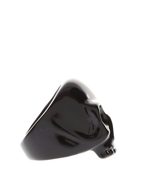 Image 4 ofASOS Black Skull Ring