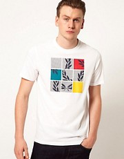 Camiseta con estampado de puzle con el logo de Fred Perry