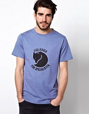 Fjallraven T-Shirt with &#39;For Specialists&#39; Print