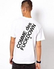 Comme Des F Down  T-Shirt mit Aufdruck hinten