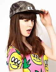 Gorra con ojos de Lazy Oaf