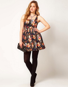 Image 4 ofASOS CURVE Dolly Skater In Photographic Floral