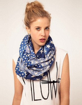 Image 1 ofRiver Island Star Print Snood