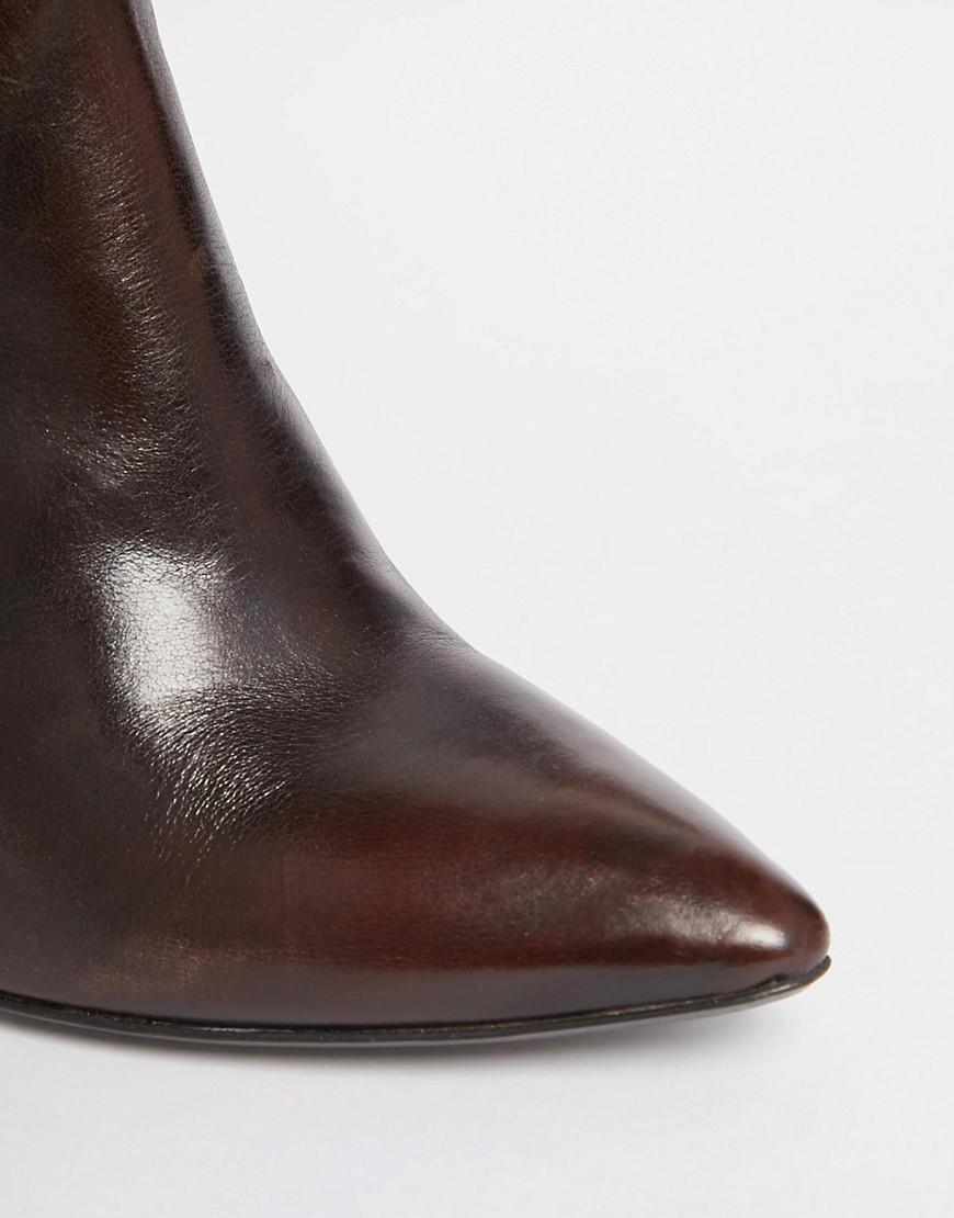 hudson crispin braune chelsea ankle boots aus leder mit absatz. Black Bedroom Furniture Sets. Home Design Ideas