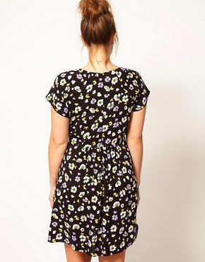 Image 2 ofASOS CURVE Tea Dress In Floral Print