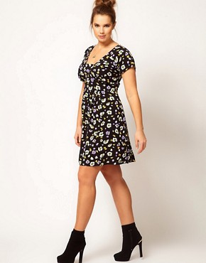 Image 4 ofASOS CURVE Tea Dress In Floral Print