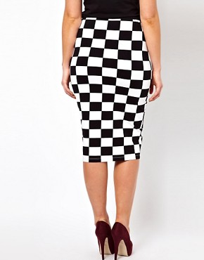 Image 2 ofASOS CURVE Skirt In Checkboard Print
