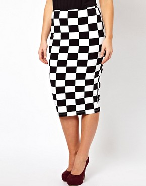 Image 4 ofASOS CURVE Skirt In Checkboard Print