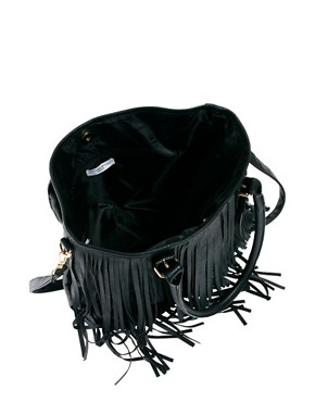 Image 2 ofNew Look Talia Tassel Tote