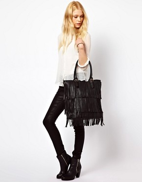 Image 3 ofNew Look Talia Tassel Tote