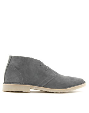 Image 4 of ASOS Desert Boots in Suede
